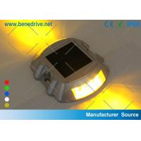 China Flashing Solar Barricade Lights Aluminum Shell LED Road Barrier Light With All Night Illumination 10T Resistance wholesale