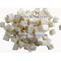 China Instant  Sour Noodles Ingredient Dried Vegetables Freeze Dried Potato Dices 10*10mm wholesale