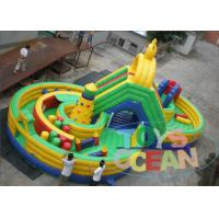 China Green Yellow Inflatable Maze Outdoor Bouncy Castle Playground Fireproof 16 * 8m wholesale