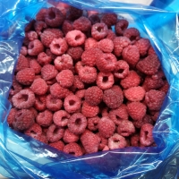 China BRC and FDA Certified Fresh Delicious IQF Fruit Frozen Raspberry Whole For Supermarkets on sale
