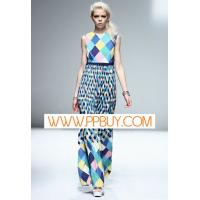 China Women's brand clothing on sale