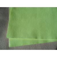 China Soft Green Non Woven Cloths / Non Woven Polyester Fabric Isotropic Strength wholesale