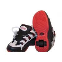 China automatic roller shoes with a retractable button on sale