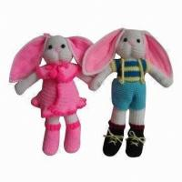 China Bear-shaped Knitted Couple Dolls, Made of Yarn on sale