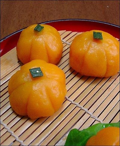 Quality commodity name:steamed buns(pumpkin pie) for sale