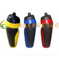 China Sports Bottles Series Name:YT-3009Series ID:sports BottlesBriefly:Size: 7.3*20cmMeas.: 74.5*37.5*42cmQTY: 100PCSVolume:500 MLN.W.: 7.25 KGG.W.11.25KGMaterial: PEPacking:PP Plastic bag wholesale