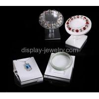 China Acrylic display manufacturers custom acrylic bracelet stand display for jewellery BDJ-066 on sale