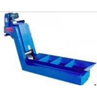 Magnetic roller type chip conveyor