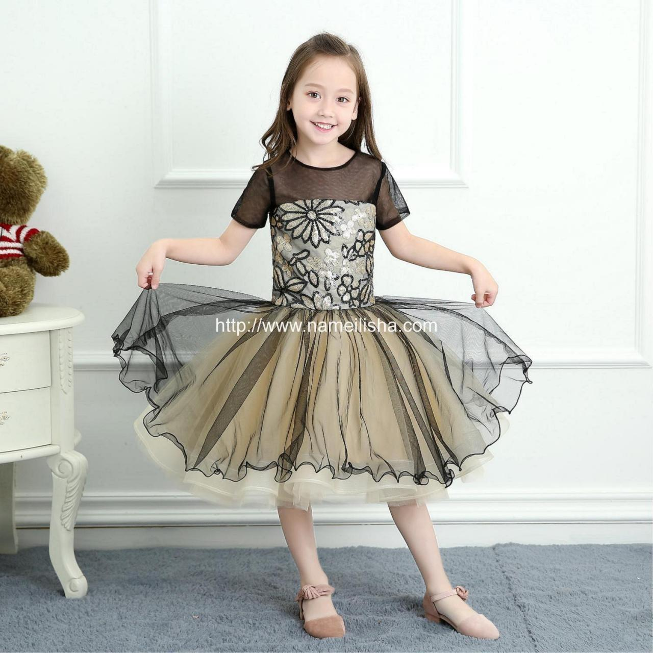 China 2017 A-Line Jewel Short Sleeves Knee Length Tulle Layers Flower Girls Dresses wholesale