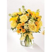 The FTD Golden Splendor Bouquet