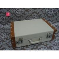 China White decorative vintage leather suitcase with metal lock wholesale