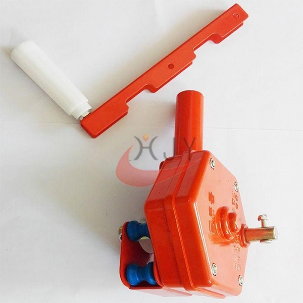 China Greenhouse Top Ventilation Manual Film Roller Winch Roller Ventilation Roll Up